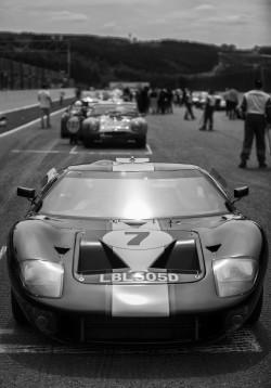 GT40-BW